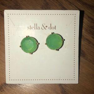 Stella & Dot Janice Studs
